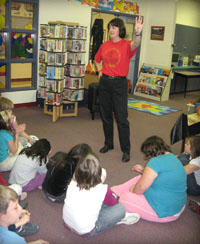 school-and-library-visits-img02